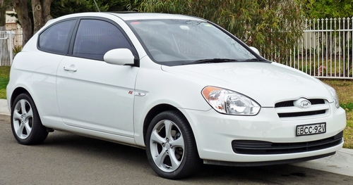 Hyundai Accent, Hyundai Elantra